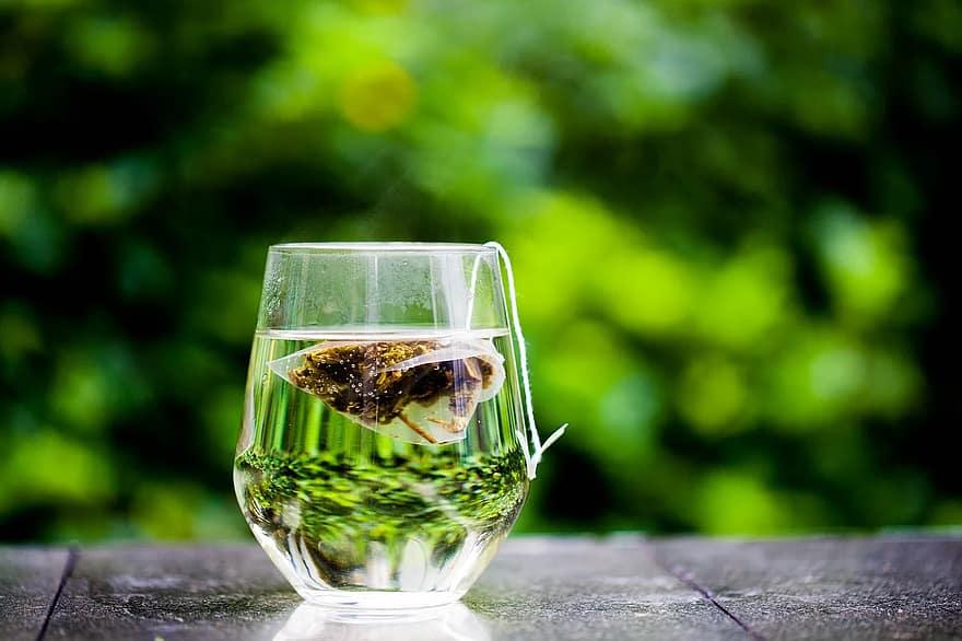 koude groene thee